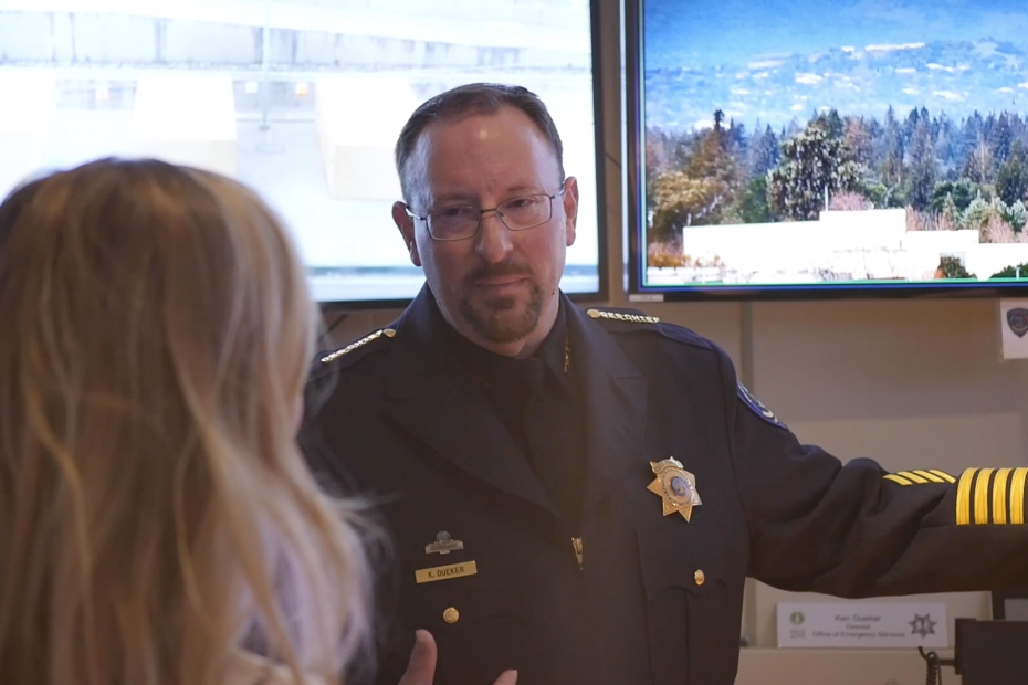 Ken Dueker, Director of the Palo Alto Office of Emergency Services, speaks with Perimeter founder Bailey Farren.